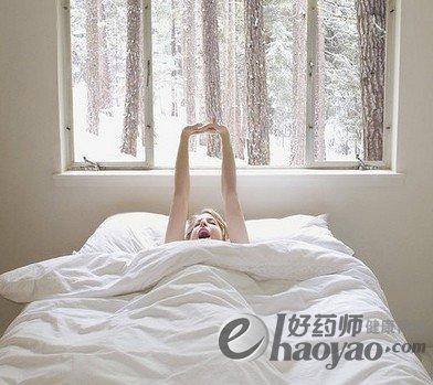 为什么冬季懒床有损健康?